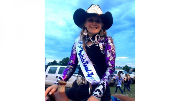 Calie Troyer, is your 2020 Ogallala Round-Up Rodeo Queen. She is the 14 year old daughter of Yvette and Kyle Troyer, from Hershey NE where she attends Hershey public school and will be a 9th grader this fall. Calie hopes to become a pediatric nurse as of her love for children. She is active in 4h basketball and tennis and hippology! Calie is excited to represent such an amazing sport!