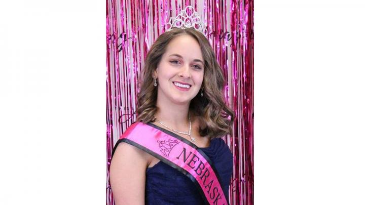 Hi!  I'm Olivia Wheeler from Waverly, Nebraska, and I'm excited to be participating in the Nebraska State Fair.  I am the 2019 Nebraska Miss Amazing – Junior Miss Queen.  I currently attend the University of Central Missouri, and am part of the two-year THRIVE program.  After graduation I hope to become a makeup artist.  When I'm not in class, I enjoy singing, hanging out with my friends, going to Bible study, and attending UCM events on campus.  Go Mules!